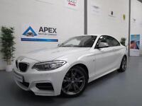 2014/64 BMW M235i Coupe 3.0 Auto + Pro Navigation + Harmon Kardon +Service Pack