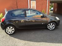 Renault Clio 1.2 TCE DYNAMIQUE S hatchback, 100Bhp, Half Leather, alloys, aircon.