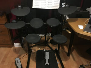 Yamaha DTX 400K electronic drum kit and module