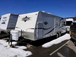 30 FT 2008 Aerolite Travel Trailer Double Door Double Slide!