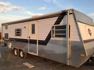 27 Foot Trailer-GREAT CONDITION