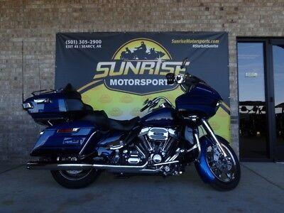 2015 Harley-Davidson FLTRUSE - CVO™ Road Glide® Ultra -- 2015 Harley-Davidson® FLTRUSE - CVO™ Road Glide® Ultra  23,547 Miles blue