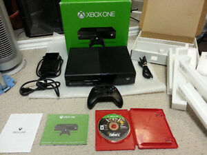 2 X ADULT OWNED 10/10 XBOX ONE BUNDLES + TONS OF GAMES !!!