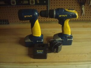 Various cordless drill and light combos Sarnia Sarnia Area image 1