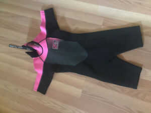 Youth WETSUIT size 8