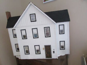 One White Wooden Doll House in Great Shape!PENDING PICK-UP.