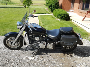 05 Yamaha Roadstar Midnight Silverado Low kms