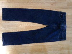 Men's Guess brand dark denim jeans, size 36 regular straight fit