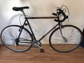 Peugeot Vintage Road Bicycle (23 inches / 58cm approx. frame)