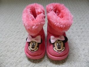 Mini Mouse pink boots. Size 6-12 months