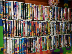 117 Disney and other VHS cassettes