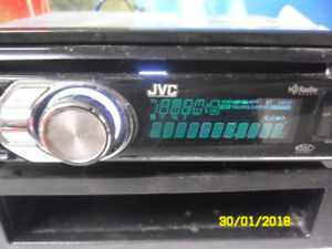 nice  jvc am/fm ,cd + aux out put for cell music 35$