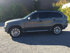 2006 BMW X5 4.4i / Automatic 6 speed