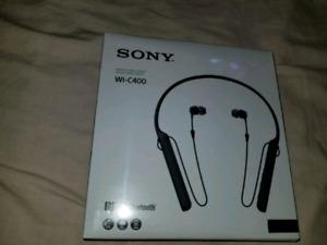 Brand new Sony WI-C400 wireless headphones