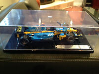 1:18 Diecast hot wheels Renault f1 championship 2005 new rare