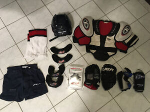 HOCKEY EQUIPMENT-GLOVES, SHOULDER-ELBOW PADS, & MORE! $5.00 ++