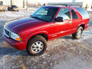 2005 GMC Jimmy SUV, low kms, good condition