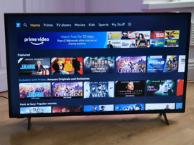 Polaroid 40 inch smart LED TV with freeview HD built-in Wi-Fi YouTube