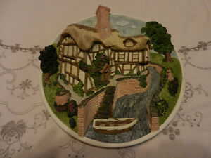 David Winter Cottage 3-D Plate - On the Riverbank Mint - Cond.