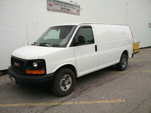 2014 GMC Savana Cargo Van - Less than 130000 km