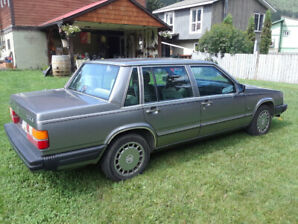 87 Volvo 740 gle low kms.