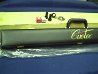 Earl Strickland signature series Excalibur pool cue by Cuetec