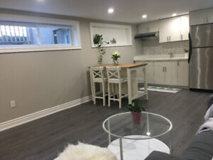 Two beds unit in southeast Oakville!
