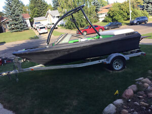 Good and cheap to run wakeboard boat