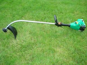 WEED EATER XT 400, GAS GRASS TRIMMER $70