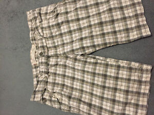 Young ladies/woman's Hollister shorts