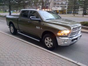 2014 RAM 2500 DIESEL SLT DIESEL CREW-CAB