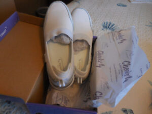 New Tony Little shoes size 8  $35 a pair !