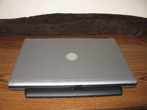 Dell Latitude D630 Professional Notebook 2 gig ram 80 hd drive