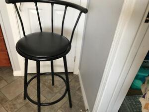2 new bar stools