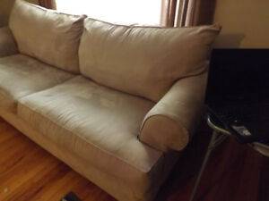 COUCH FOR SALE   (sold)