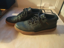 Five Ten sleuth DLX mens MTB shoes