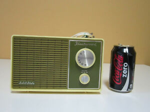 Lot # : 339 - Radio vtg Fleetwood
