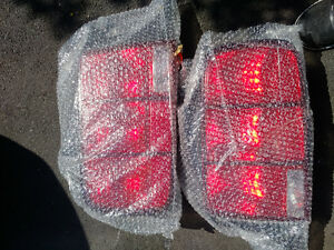 Mustang tail lights (05-09)