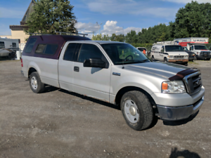 Ford F-150 with 9 tires and rims 2x4