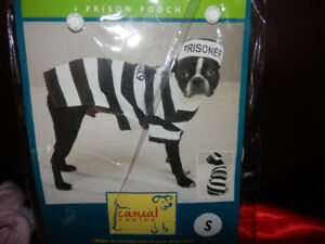 LARGE SELECTION OF PET COSTUMES