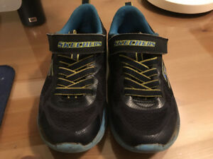 Boys sketcher running shoes size 12