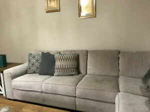 Almost new sofa set