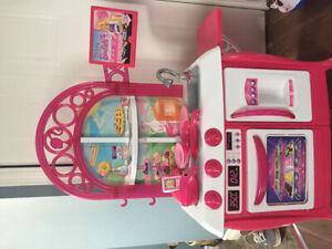 Cuisinette barbie pour enfant