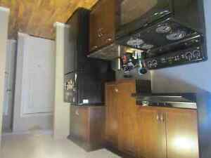 Single room for rent in well maintained 3 bedroom Condo.