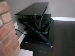 Entertainment/ TV stand.