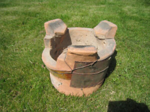 Small Clay Charcoal BBQ Pot For Grill