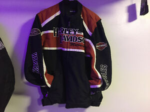 !! SORRY SOLD !!NEW GENUINE HARLEY DAVIDSON® JACKET (SIZE LARGE)
