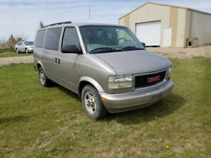GMC Safari 2004 - 8 seater