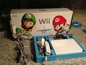 White Nintendo Wii With Original Box!