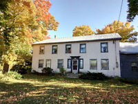 Houses Cottages for rent in prince edward county